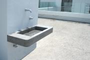 bassin en béton - Patios fondation Buttini Onex 2006 - Mireille et Pierre Adam Bonnet Architectes