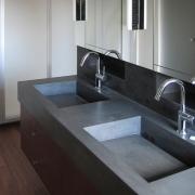double vasque en béton ciré gris anthracite - Arnex 2006