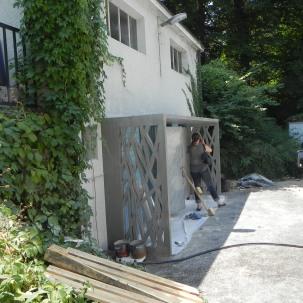 Portique d'entrée de toilettes publique - Genève - 2015