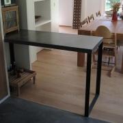 table béton et métal - Fossard 2004 - Philippe Renevier Architecte